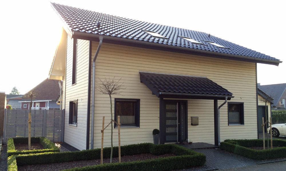 Fjorborg-Holzhaus mit Pultdach - zweigeschossiges Haus - Eigener Entwurf - BV 4178