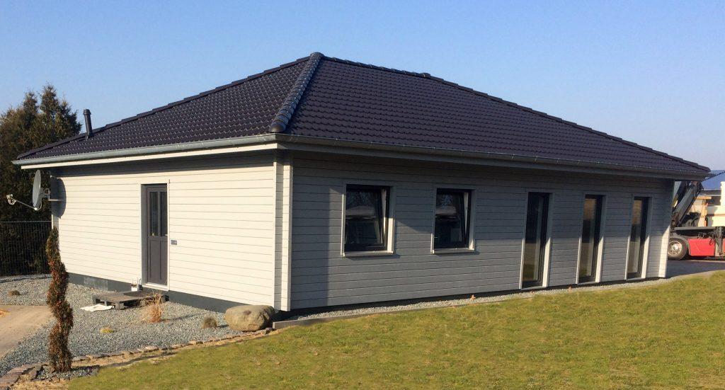 25693 St. Michaelisdonn – Haustyp Korsör - Fjorborg Holzhäuser