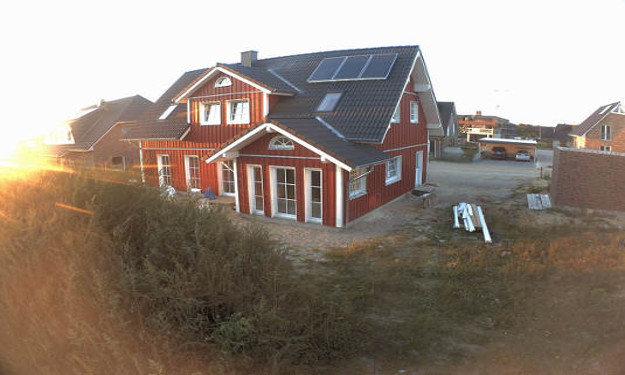Komplettmontage_Holzhaus_Fjorborg