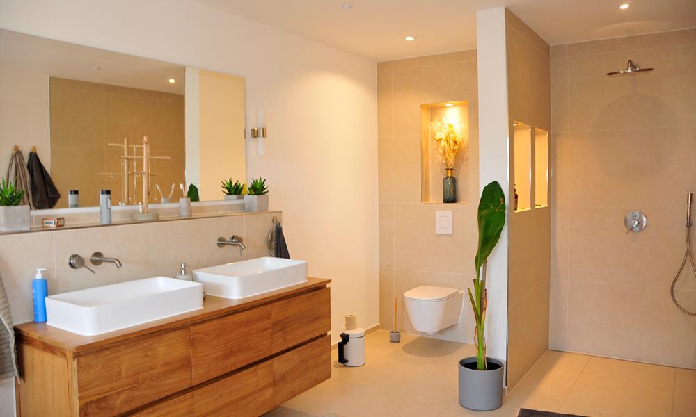 Fjorborg Häuser – ebenerdiges Holzhaus – großes Badezimmer – BV7706