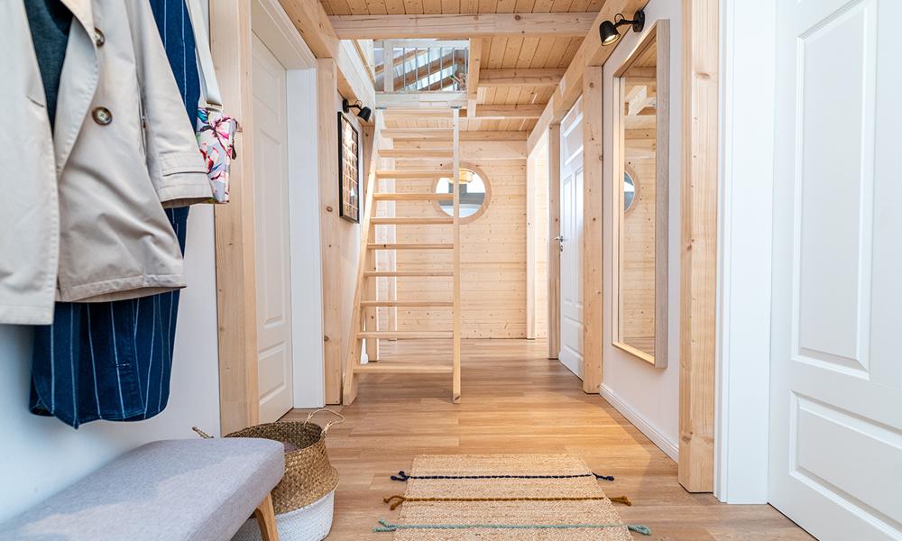 Fjorborg Häuser – ebenerdiges Holzhaus – Eingang – BV6923