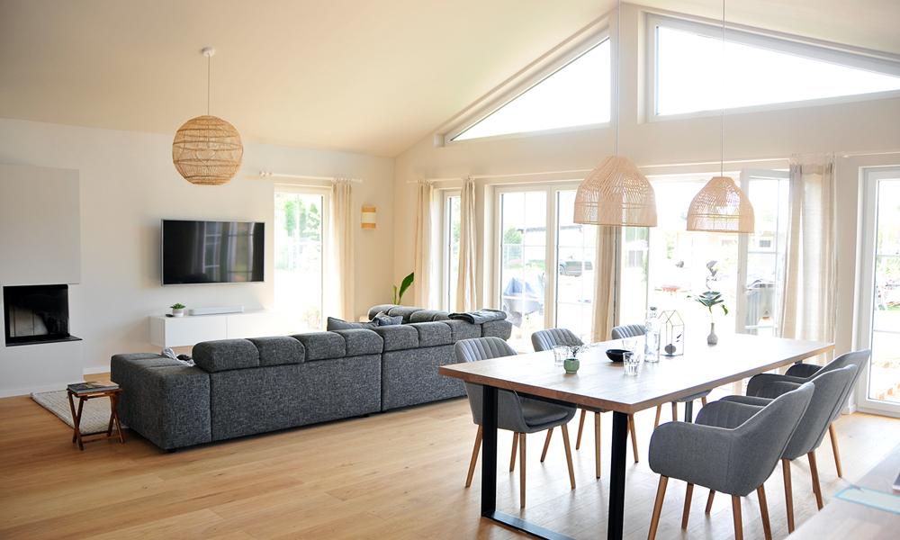 Fjorborg Häuser – ebenerdiges Holzhaus – offener Wohnbereich – BV7706