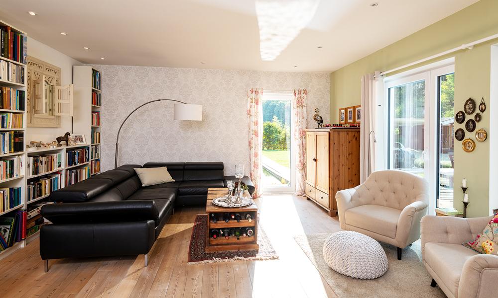 Fjorborg Häuser – zweigeschossiges Holzhaus – Wohnzimmer – BV6638