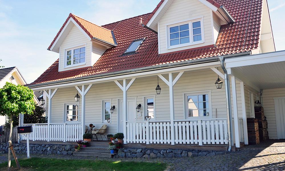 Fjorborg-Holzhaus - Haustyp Stockholm - Haus mit Veranda - BV 6218