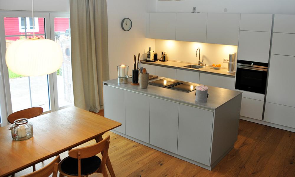 Fjorborg Häuser – ebenerdiges Holzhaus – Eigener Entwurf – Küche – BV7004