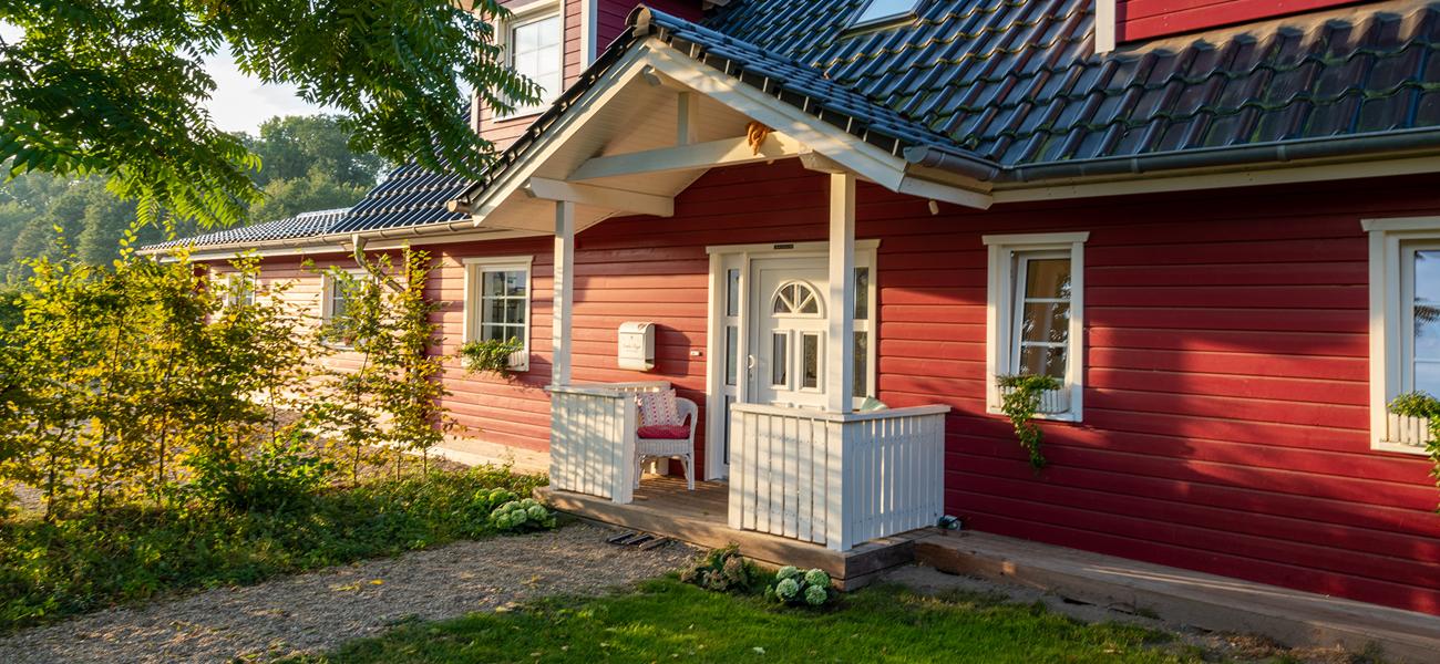 Fjorborg Haeuser - Wohntraum Wohnen und Arbeiten unter einem Dach - 1,5 geschossiges Holzhaus - ueberdachter Eingang - BV6638 - Galerie